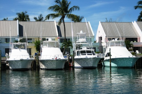 Medium condos with boats