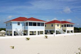 Paradise Cove Beach Resort on Grand Bahama