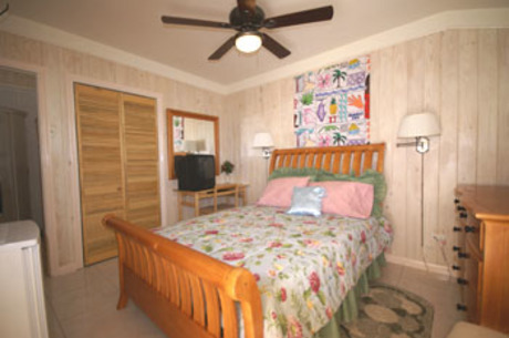 Isles Inn on Staniel Cay
